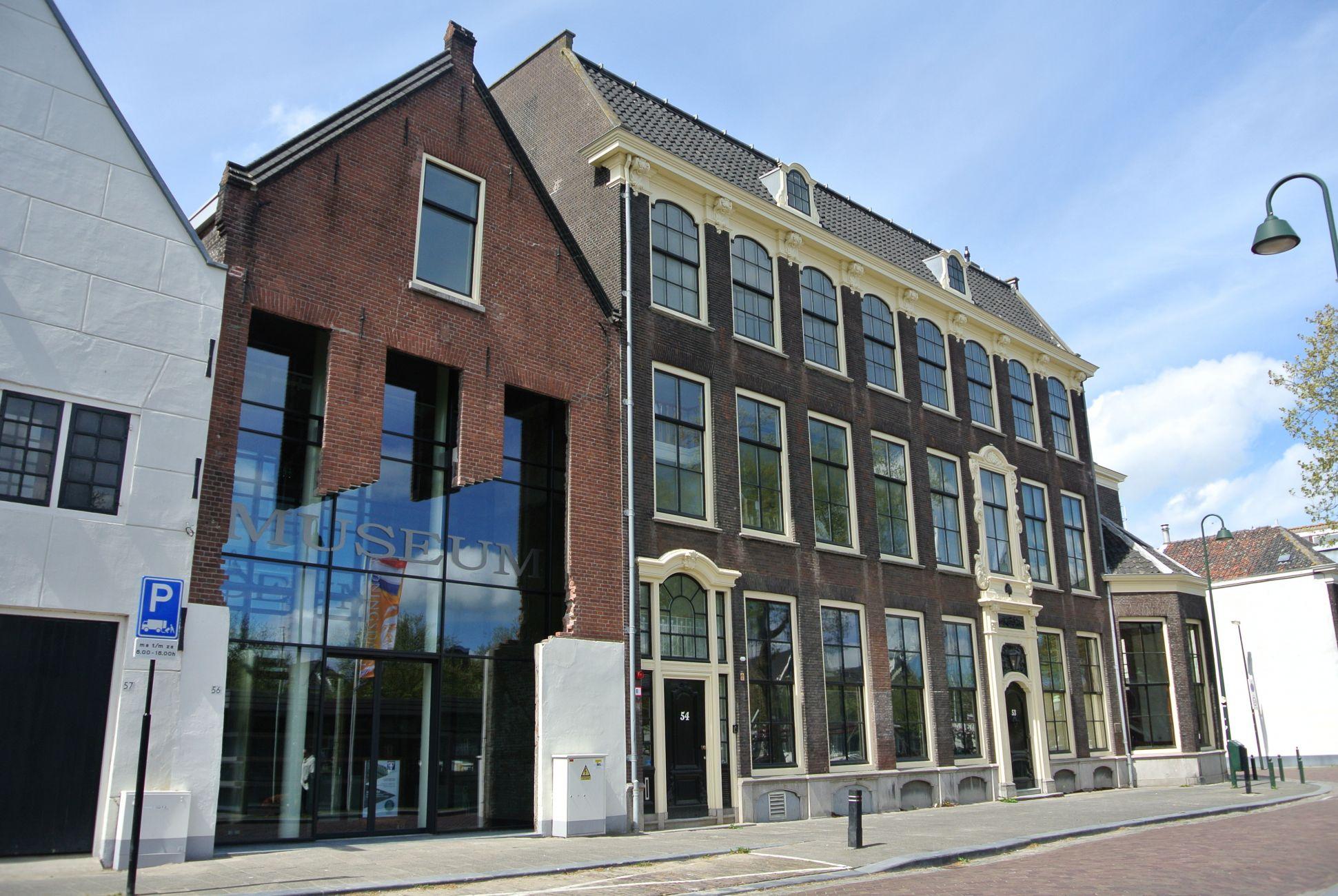 Read more about the article Vrouwen op Scheveningen: de cijfers duiden & spreken op een symposium